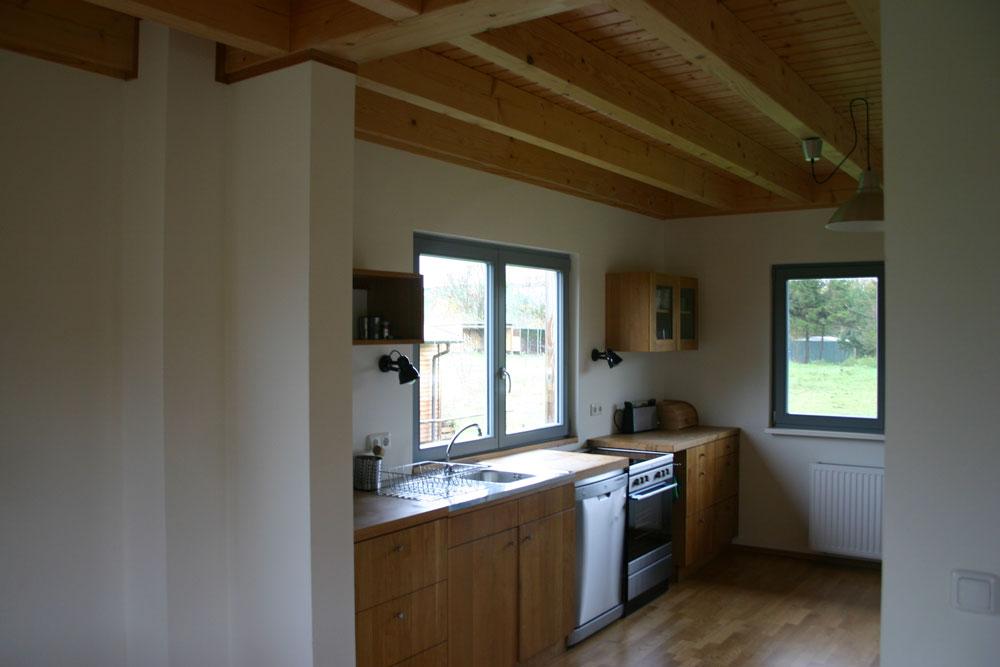 Küchenzeile im Massivholzhaus